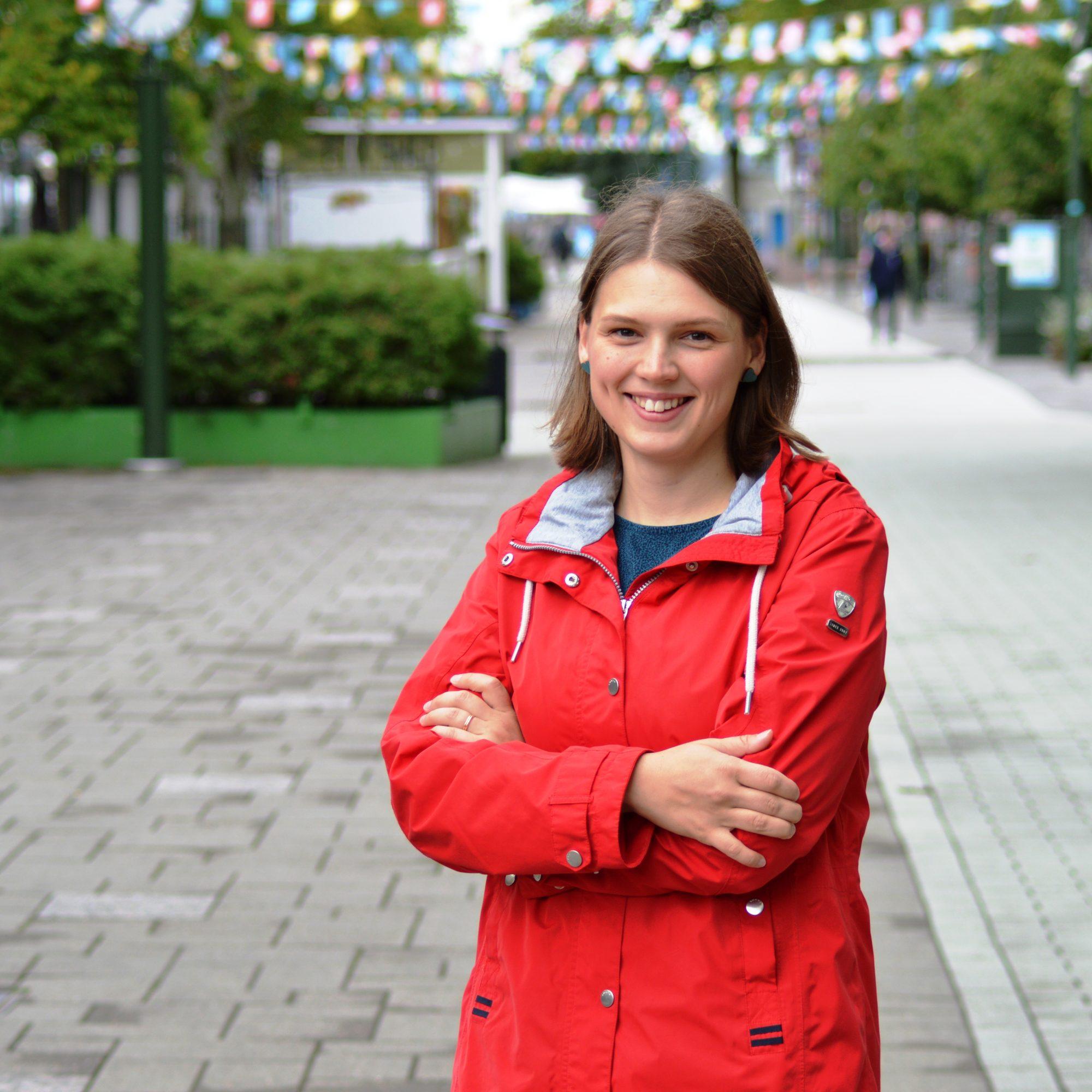 Liina Tiusanen valittiin Keskustan puoluevaltuuston puheenjohtajaksi